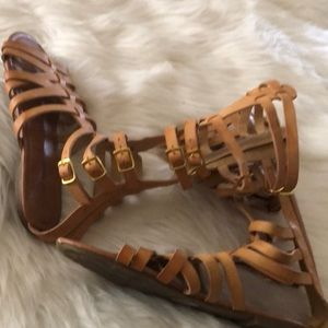 Shoes - Woman's gladiator sandal